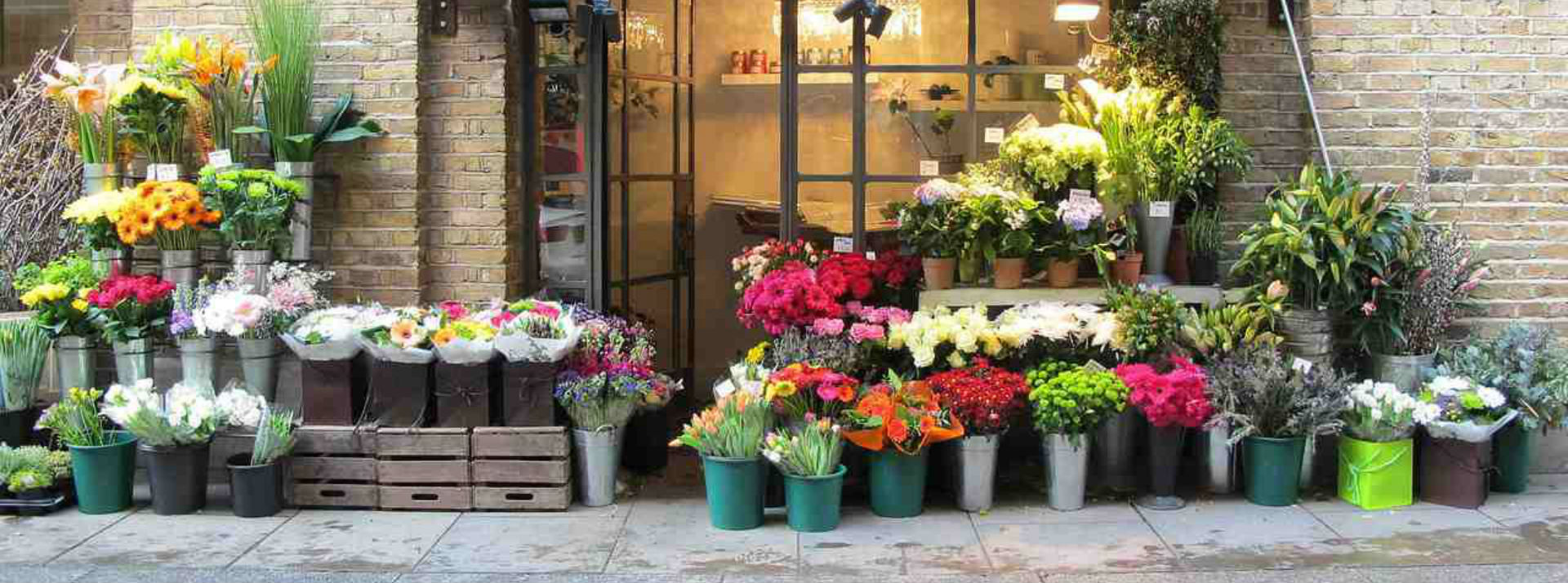 Abbots Morton Flower Delivery